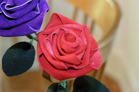 Pretty leather roses make great gifts