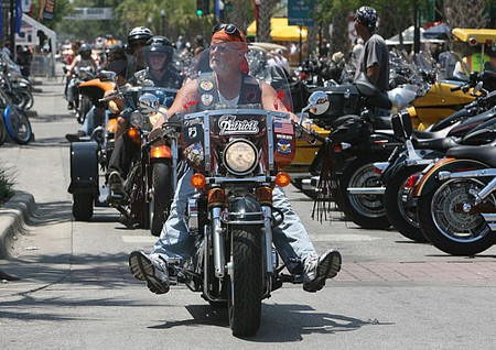 Leesburg bikefest, motorcycle gathering in Florida